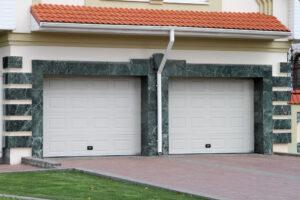 garage door in Arlington TX