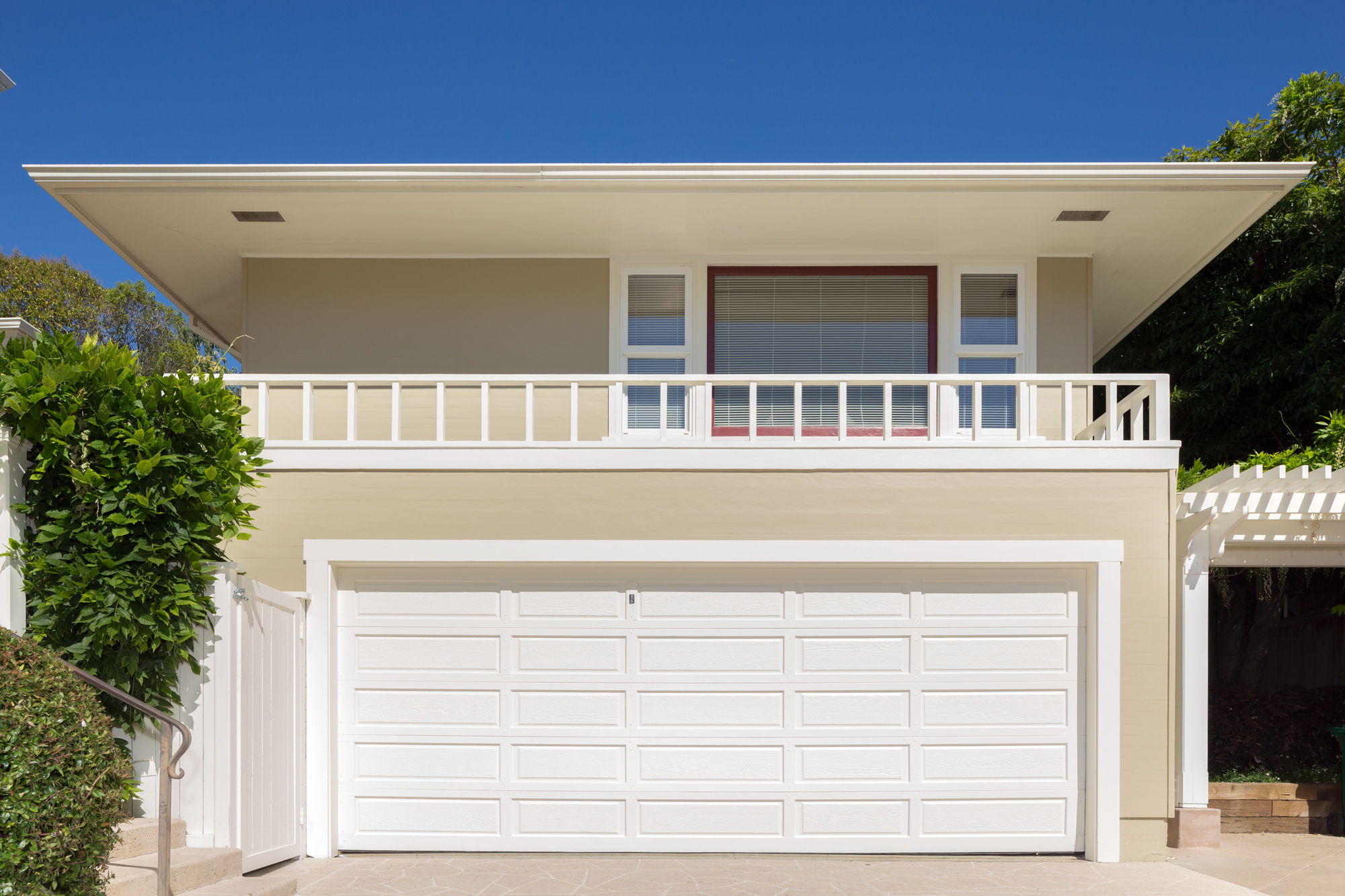 5 Signs You Need Garage Door Repair In Arlington Tx
